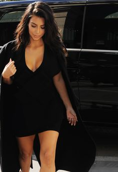 Kim Kardashian in better looking times Estilo Kardashian, Kardashian Style, Kardashian Jenner, Kourtney Kardashian, Kim K Style, Her Style, Bb Beauty, Fashion Beauty, Kim And Kanye