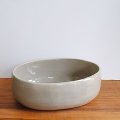 rhonda oval serving bowl