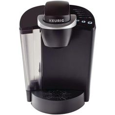 Enjoy coffee, tea & hot cocoa at the push of a button with this Keurig Classic Series Black Single Serve Brewer. Single Cup Coffee Maker, Single Serve Coffee, Pod Coffee Makers, Best Coffee Maker, Cold Brew Coffee Maker, Drip Coffee Maker, Keurig Mini, Green Mountain Coffee, Home Espresso Machine