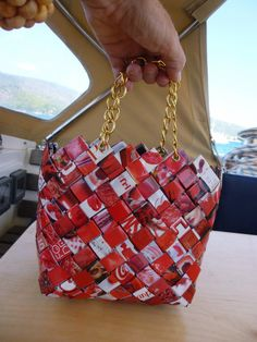 Red small handbag with gold chain handle recycled paper handbag small handbag women zero waste recycled magazine art Plastic Bag Crafts, Green Galaxy, Garden Bags, Recycled Magazines, Basket Crafts, Newspaper Crafts, Craft Bags, Candy Bags, Small Handbags