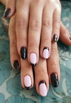 Дизайн ногтей. Шеллак. Ногти. Лунный маникюр. Френч