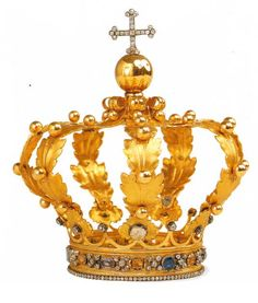 Crown of the Infant Jesus, early 19th century, gold, silver, diamonds, amethysts, rock crystals and glass pastes, ordered by King Vittorio Emanuele I of Savoy in 1820.