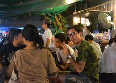 Rot Fai Weekend Market - Bangkok Retro Market - Retro Beer and Cocktail Bar - For full blog on Rot Fai Market check here: http://live-less-ordinary.com/bangkok-local-life/rot-fai-market-bangkok-retro-market