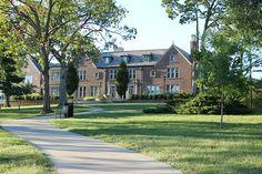 無料の写真: ブロッホ経営大学院, 建物, 学校, 大学, 芝生, 庭 - Pixabayの無料画像 - 181093