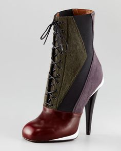 This is a great Autumn boot...notice the colors and the angle.