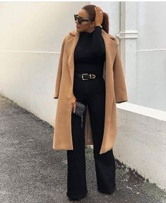 Image may contain: 1 person, standing Classy Outfits, Chic Outfits, Fall Outfits, Fashion Outfits, Office Outfits, Business Outfits Women, All Black Outfit, Daily Fashion, Timeless Fashion