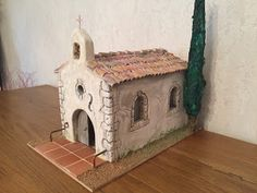 1 million+ Stunning Free Images to Use Anywhere Clothing Boxes, Christmas Nativity Scene, Free To Use Images, Floral Supplies, Little Houses, Christmas And New Year, Bird Houses, Diy And Crafts, Creations