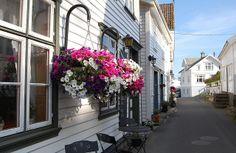 Old street   Flickr - Photo Sharing!