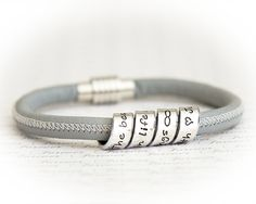 Women's Personalized Leather Bracelet  Scroll por SuedeSentiment, $42.00