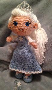 Pincess Elsa Doll ( from Disney's Frozen Movie) - Free Amigurumi Pattern here: http://pjcraftsinaustin.com/info/precious-ice-princess/