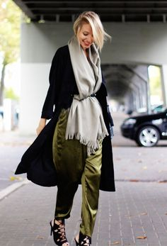 17 Smart Layering Combinations That Won't Look Bulky via @WhoWhatWear