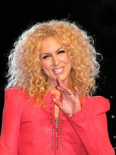 Kimberly again.  Yes I have a small obsession with her hair :) make that HUGE!!!!