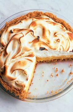 Low FODMAP Recipe and Gluten Free Recipe - Citrus meringue pie    http://www.ibs-health.com/low_fodmap_citrus_meringue_pie.html