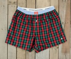 At Southern Marsh, we didn't want to make just another pair of boxers, we wanted to make your favorite pair of boxers. The Hanover Oxford Boxer Short is one of the most innovative products we've made.