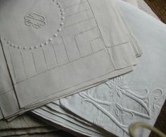 bourdon stitch | One of the most finest and elegant linens you could think about!