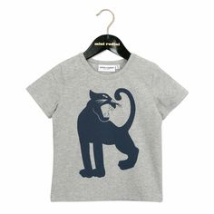 Short sleeve tee with classic Panter print in Dark Blue at front.  Composition: 93% Organic Cotton 7% Elastane. GOTS certified.