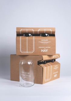 Packaging of the World is a package design inspiration archive showcasing the best, most interesting and creative work worldwide. Glass Packaging, Beverage Packaging, Packaging Stickers, Print Packaging, Jar Design, Bottle Design, Secondary Packaging, Innovative Packaging, Furniture Packages