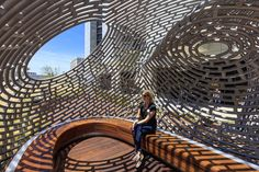 Healing Pavilion consists of computer bent steel tubes 1 • Materia