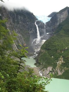 The incredible Ventisquero Colgante, Chilean Patagonia
