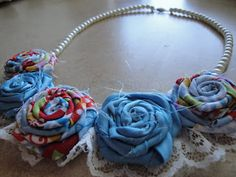 The Woman Who Couldnt Sit Still: Fabric Flower Necklace Tutorial