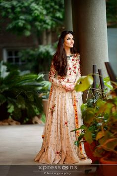 South Asian Bridal and Formal Look Book. Pakistani Party Wear, Pakistani Wedding Dresses, Pakistani Bridal, Pakistani Outfits, Indian Dresses, Indian Outfits, Pakistani Couture, Party Wear Dresses, Bridal Dresses