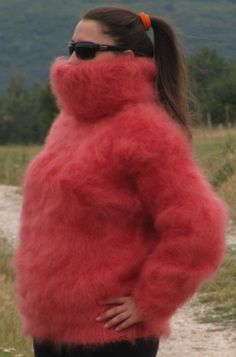 Gros Pull Mohair, Angora Sweater, Thick Sweaters, Fox Fur Coat, Sweater Outfits, Turtle Neck, Wool, Guilty Pleasure, Jumpers
