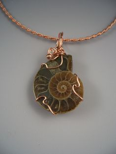 wire wrapped ammonite tutorial | Wire Wrap Pendants