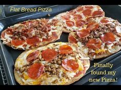 Flatbread Pizzas on the Blackstone Griddle Today we are making Flatbread pizzas on the Blackstone Griddle using NAAN bread. This bread is some serious stuff,. Hibachi Recipes, Grilling Recipes, Cooking Recipes, Flat Top Griddle, Griddle Grill, Flatbread Pizza, Outdoor Griddle Recipes, Blackstone Grill, Pizza