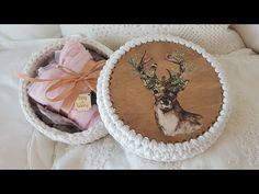 Horgolj fára! - Így készíts tetőt WSC horgolható fa alapból - YouTube Crochet T Shirts, T Shirt Yarn, Yarn Projects, Make It Yourself, Frame, Blog, Youtube, Manualidades, Picture Frame