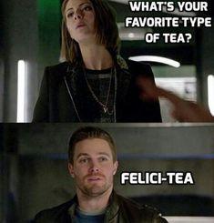 Arrow Funny, Arrow Memes, Superhero Shows, Superhero Memes, Arrow Cw, Team Arrow, The Flash, Dc Memes, Funny Memes