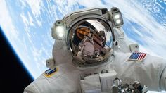 Out-of-This-World Selfie nasa.gov Taking the art of the selfie to, literally, unprecedented heights, is astronaut Mike Hopkins. The NASA flight engineer took this out-of-this-world selfie on the Christmas Eve. Sistema Solar, Nasa Astronauts, Space Astronauts, Space Center, International Space Station, Space Program, Space Shuttle, Space Travel, Space Tourism
