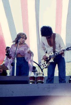 Stevie Nicks Rarities ☾ — golddustsoul: Fleetwood Mac performing at Day on. Stevie Nicks 70s, Stevie Nicks Lindsey Buckingham, Buckingham Nicks, Stevie Nicks Fleetwood Mac, 70s Aesthetic, Photo Wall Collage, Funny Movies, Best Songs, Rupaul