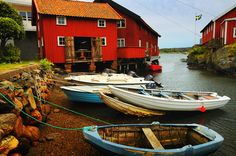 Gullholmen is a fishing village at the Swedish west coast with a unique environment and is currently regarded as Sweden's most densely populated island.