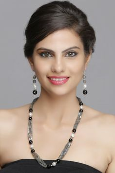 Stylish 92.5 Sterling Silver Necklace Set With Labradorite, Pearl And Black Onyx