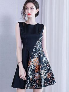 Embroidered Dress High Waist Skirt Women's Clothing – Swim Swipe Source by dresses Simple Dresses, Elegant Dresses, Casual Dresses, Short Dresses, Fashion Dresses, Formal Dresses, Formal Dress Patterns, Dress Batik Kombinasi, Batik Fashion