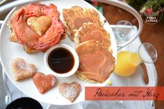 Breakfast Pancakes Breakfast Pancakes, Meat, Food, Kissing Pics, Kuchen, Food Food, Essen, Meals, Yemek