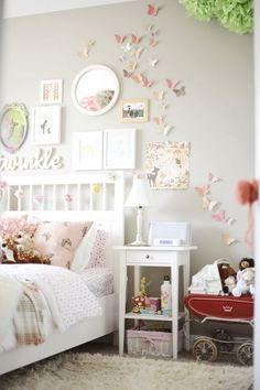 teenager zimmer mädchen schmetterlinge wand deko The post Cute Bedroom Design Ideas For Kids And Playful Spirits appeared first on Kinderzimmer Dekoration.