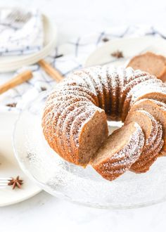 Kick off sweater weather with this Easy Banana Chai Bundt Cake. This is a great recipe to give you a break from all that pumpkin! Quick Easy Desserts, Delicious Desserts, Yummy Treats, Banana Cake Mix, Banana Bread, Appetizer Recipes, Dessert Recipes, Vanilla Pudding Mix, Strawberry Sauce