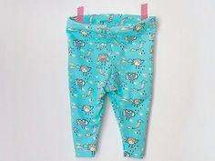 Kostenlose DIY Anleitung: Leggings für Babys nähen, auch für Nähanfänger geeignet / free diy tutorial: how to sew baby leggings via DaWanda.com