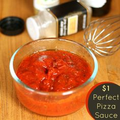 Perfect Homemade Pizza Sauce Recipe for Under a Dollar! - The Weary Chef Pizza Recipes, Sauce Recipes, Cooking Recipes, Vitamix Recipes, Protein Recipes, Entree Recipes, Keto Recipes, Easy Homemade Pizza, Homemade Sauce