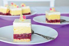 Krem kolač od višanja i vanilije Slice Of Life, Vanilla Cake, Cheesecake, Sweets, Food, Anna, Cheesecake Cake, Sweet Pastries, Gummi Candy