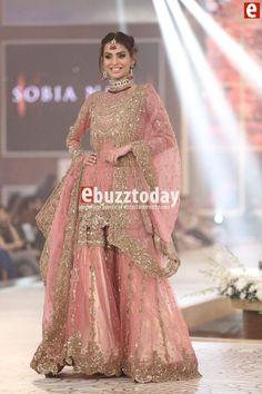 Cool Amazing Sobia Nazir at Telenor Bridal Couture Week Dulhan dress pakistani Pakistani Wedding Outfits, Pakistani Dresses, Indian Dresses, Indian Outfits, Bridal Outfits, Dulhan Dress, Walima Dress, Pakistan Bridal, Shadi Dresses