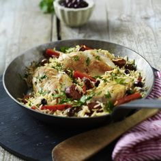 Hähnchenfilets auf Chorizo-Reis Rezept