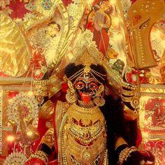 #jaimaa #jaimatadi #jaimaakali #kali #kalipuja2017 #indiangoddess #ashlopujo Jay Maa Kali, Kali Shiva, Kali Puja, Shiva Shakti, Lord Krishna, Indian Goddess, Kali Goddess, Mother Kali, Om Namah Shivaya