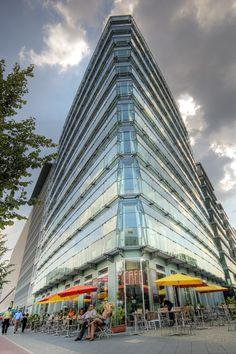 Alexanderplatz, Berlijn, Duitsland. https://www.hotelkamerveiling.nl/hotels/duitsland.html