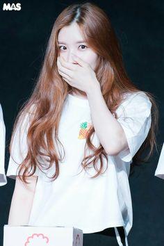 Kpop Girl Groups, Kpop Girls, Pledis Entertainment, Krystal, Girl Crushes, Ulzzang, Actors & Actresses, Idol, Park