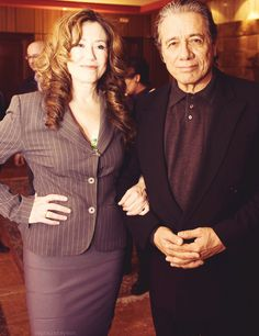 Mary McDonnell y Edward James Olmos BasauriCon 2010