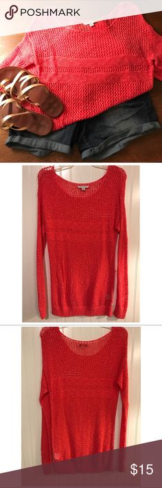 American Eagle crochet sweater NEVER WORN!!! 💗 American Eagle Outfitters Tops