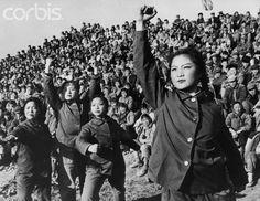 Dramatic performance of Maoist beliefs