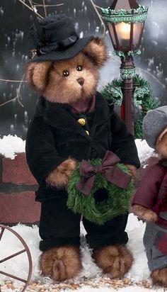 Charles need to get Vintage Teddy Bears, My Teddy Bear, Cute Teddy Bears, Bear Toy, Christmas Teddy Bear, Noel Christmas, Teady Bear, Bear Pictures, Boyds Bears